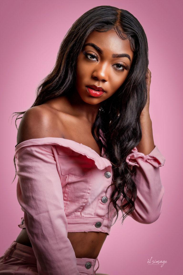brooklyn_nyc_portrait_photography_studio_danah05096-1-Pink_BG